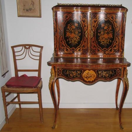 møbler antik